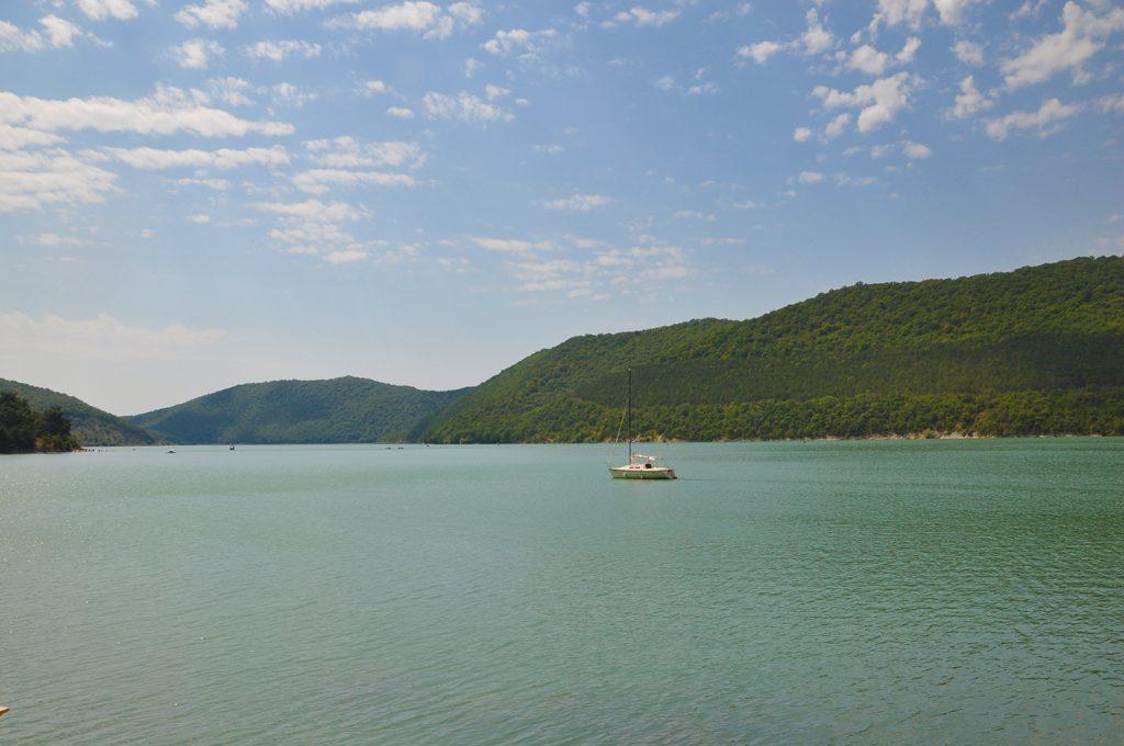 Озеро Абрау в Абрау-Дюрсо