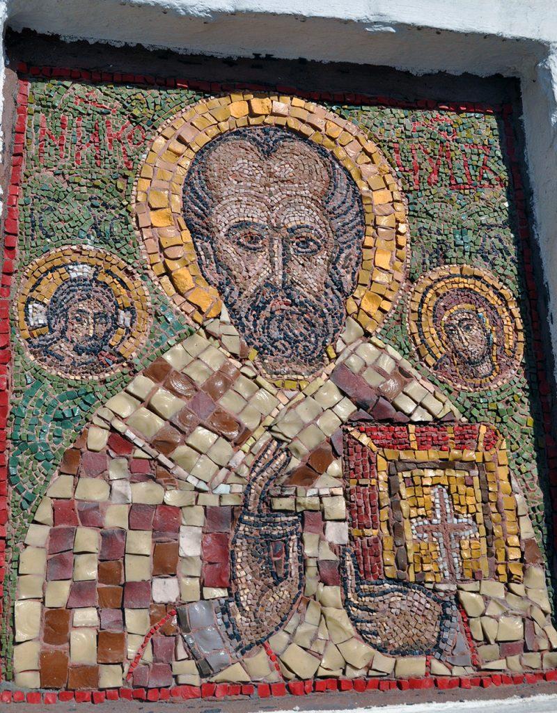 икона Николая Чудотворца на храме СВЯТИТЕЛЯ нИКОЛАЯ В пЫЖАХ.