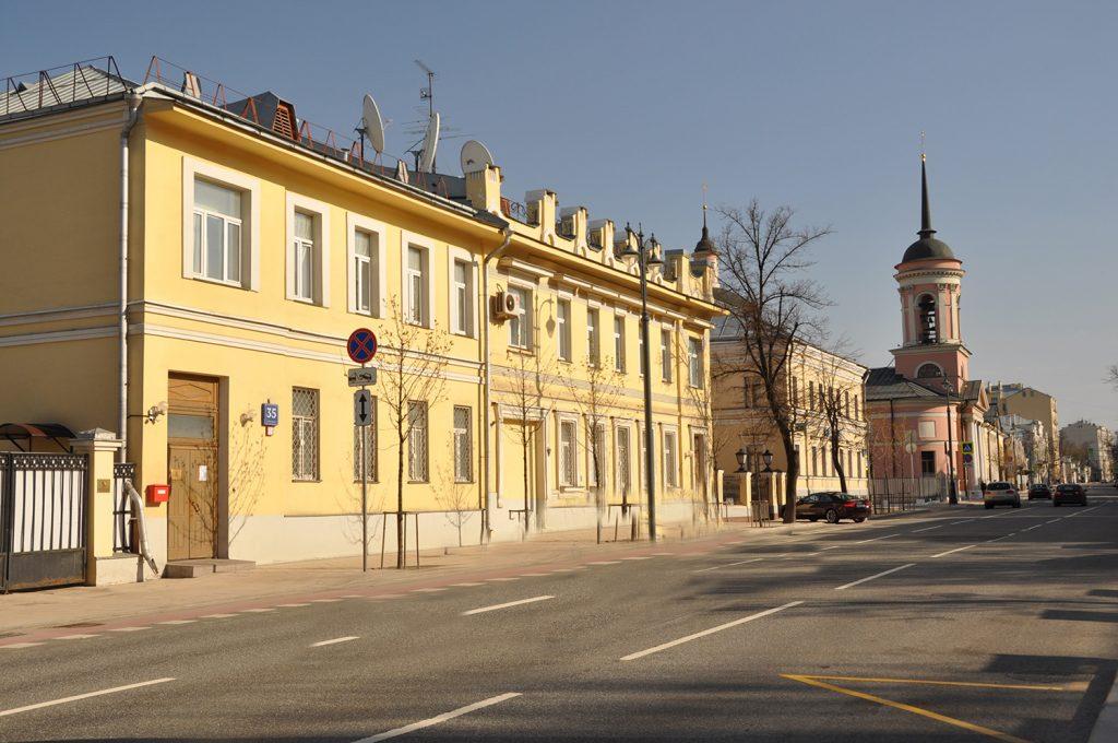 посольство Гвинеи-Бисау. Большая Ордынка,35 в Москве.