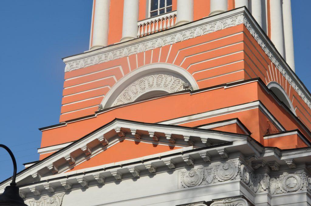 Архитектурный элемент улица Пятницкая, 51 храм Троицы Живоначальной в Вишняках в Москве