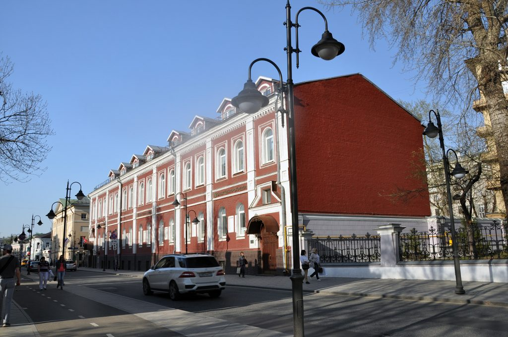Здание на Пятницкой улице в Москве.
