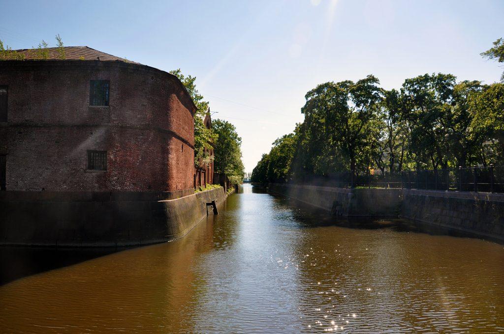 Обводной канал в Кронштадте
