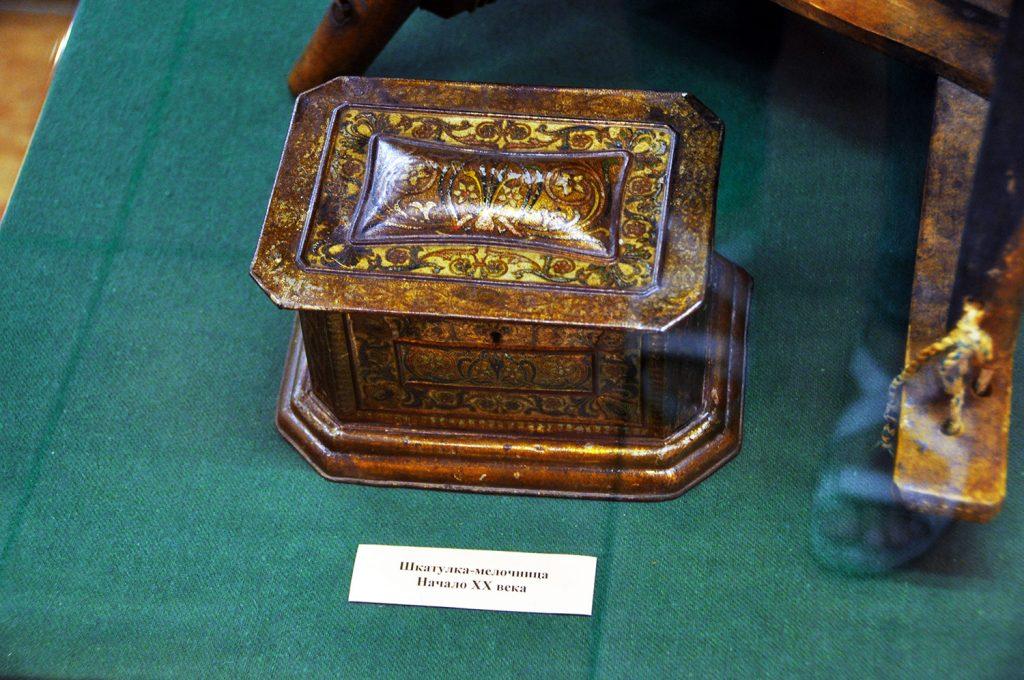 Шкатулка-мелочница в музее истории Кронштадта в Кронштадте