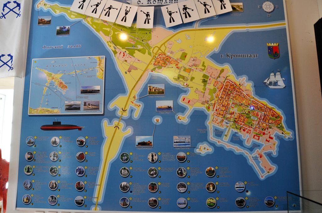 Карта достопримечательностей Кронштадта в музее истории Кронштадта