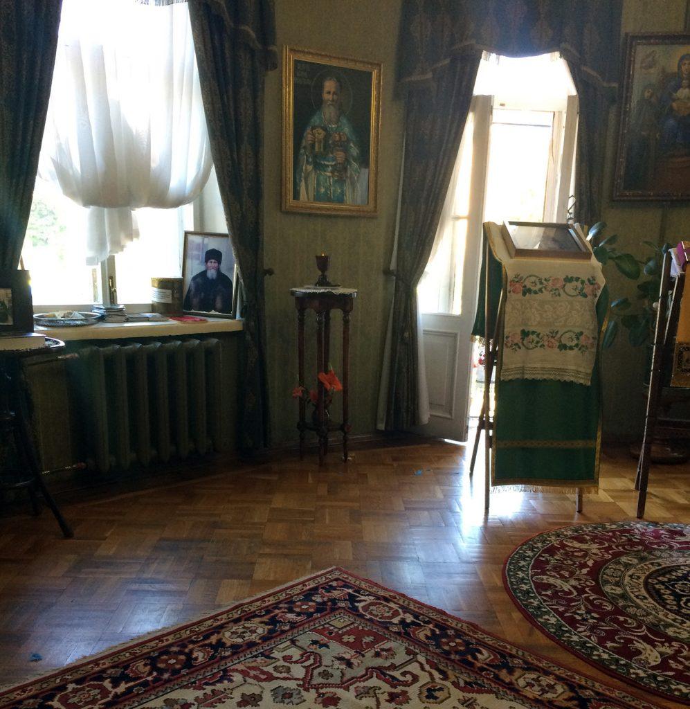 Гостиная в мемориальной квартире Иоанна Кронштадтского.