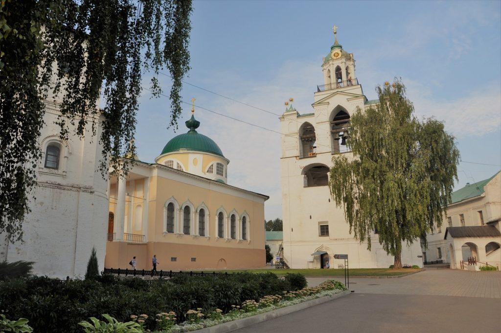 Ярославский музей заповедник. Ярославль. Звонница.